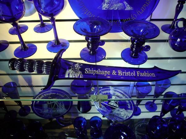 vidros azuis com cobalto