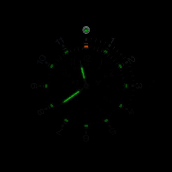 relógio militar com trítio no mostrador