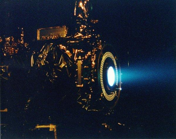 propulsão iônica