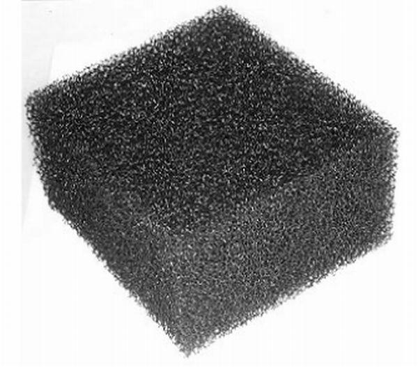 Carbono vítreo reticulado