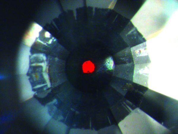 sólido de oxigênio cor vermelha