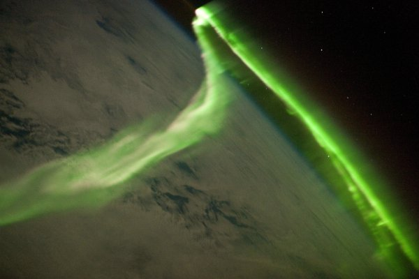brilho esverdeado do oxigênio