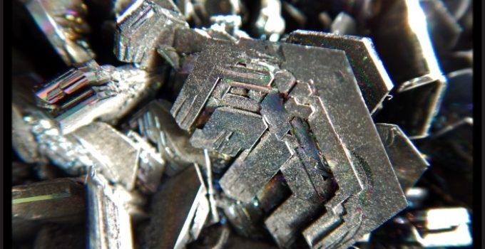 Silício no mineral moissanita