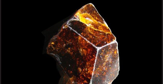 Boro no mineral dravita