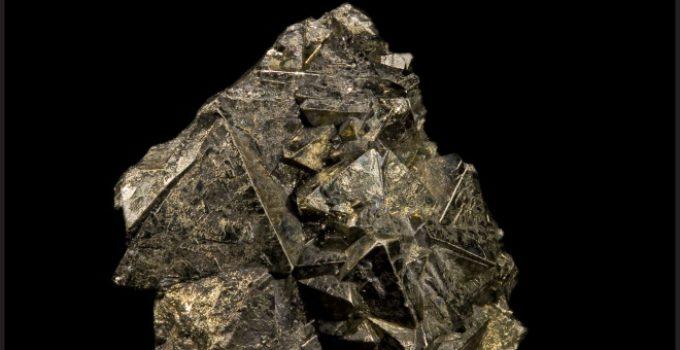Ferro no mineral pirita